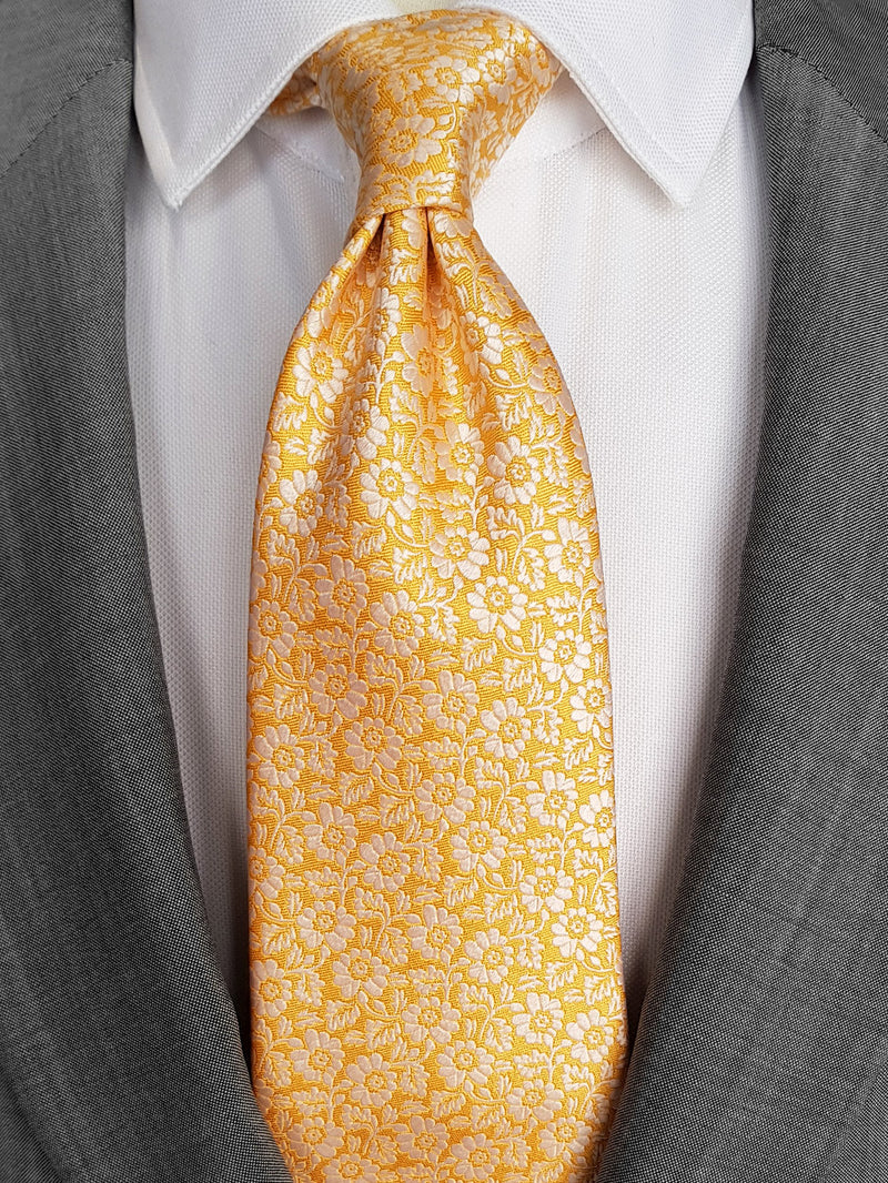 Pansy Two Colour Tie Yellow