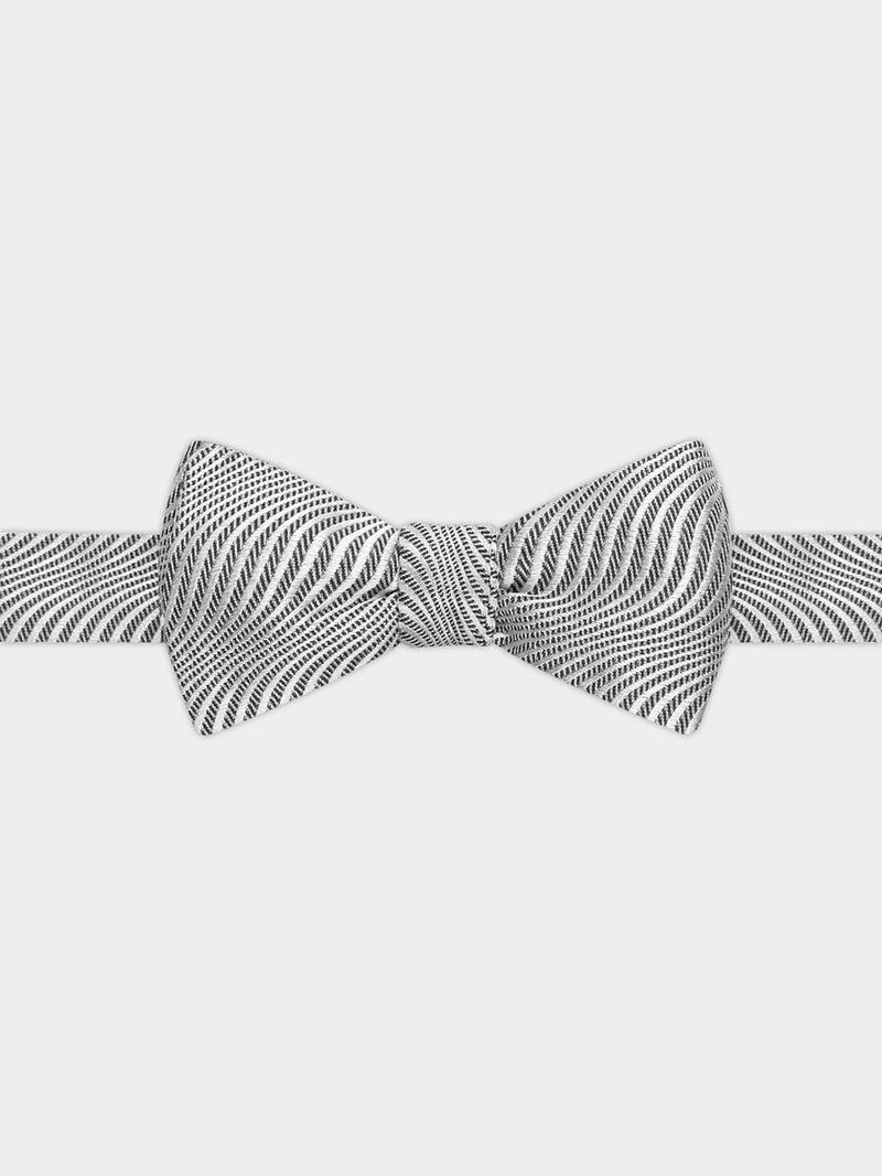 Ripple Pattern Bow Tie White