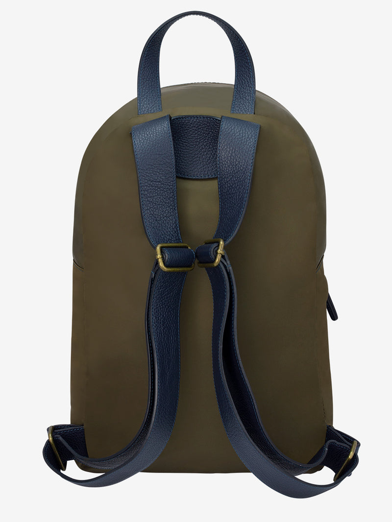 Luxury-Mens-Backpack