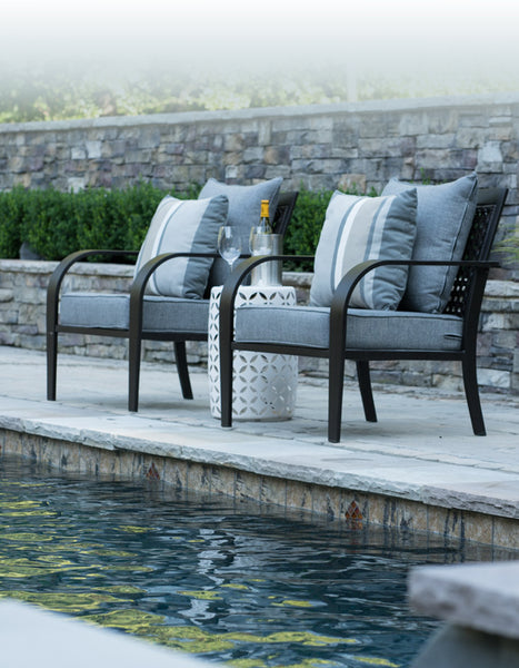 How To Choose The Best Fabric For Outdoor Cushions