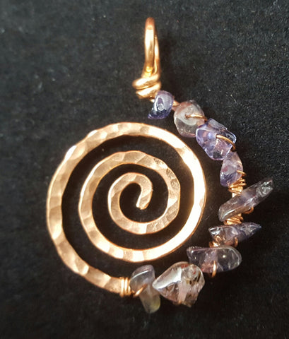 Copper Spiral Pendant with Amethyst Crystal Chips