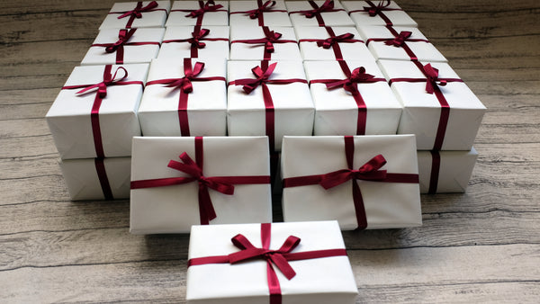 Professional gift wrapping services wrap it crafts professional gift wrapping services negle Gallery