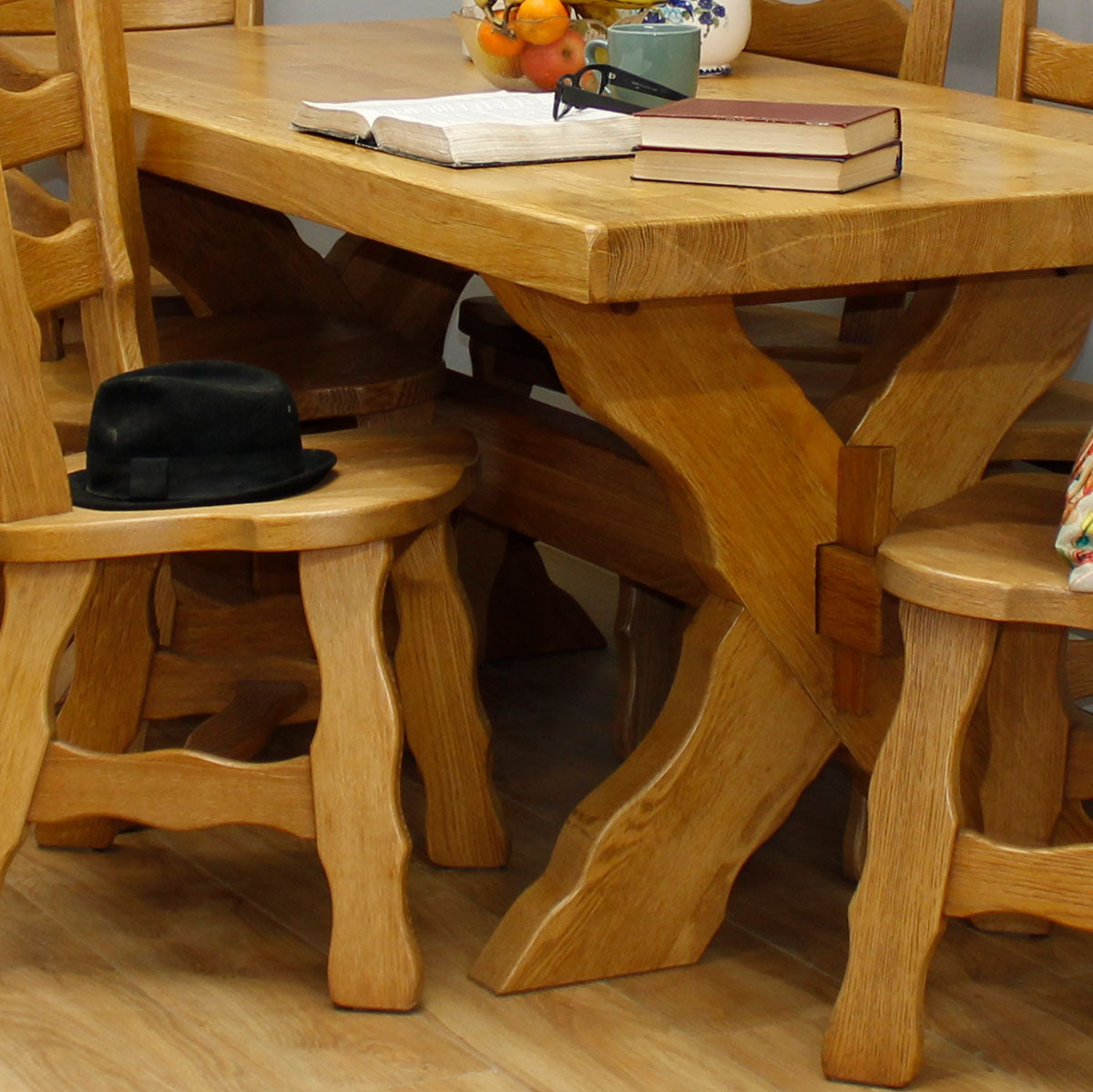 Rustic Oak Table & 6 Chairs