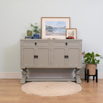 Traditionsl Painted Sideboard
