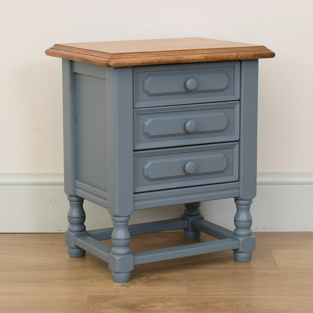 Small Painted Chest of Drawers / Bedside
