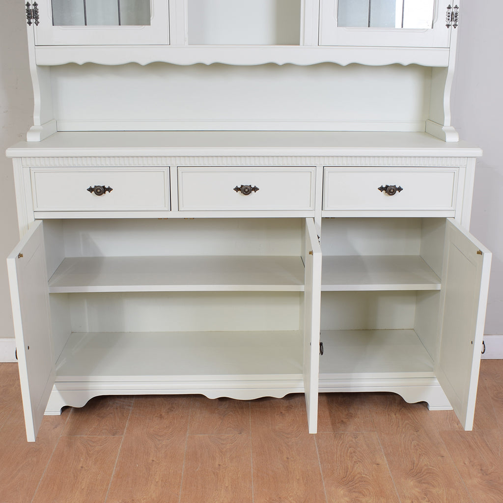 Beautiful Painted Dresser