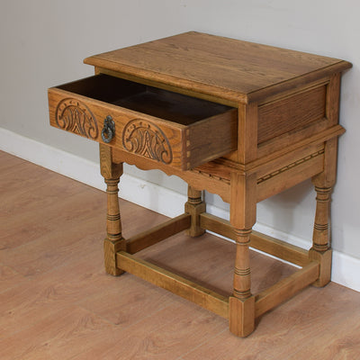 Vintage Old Charm Lamp Table