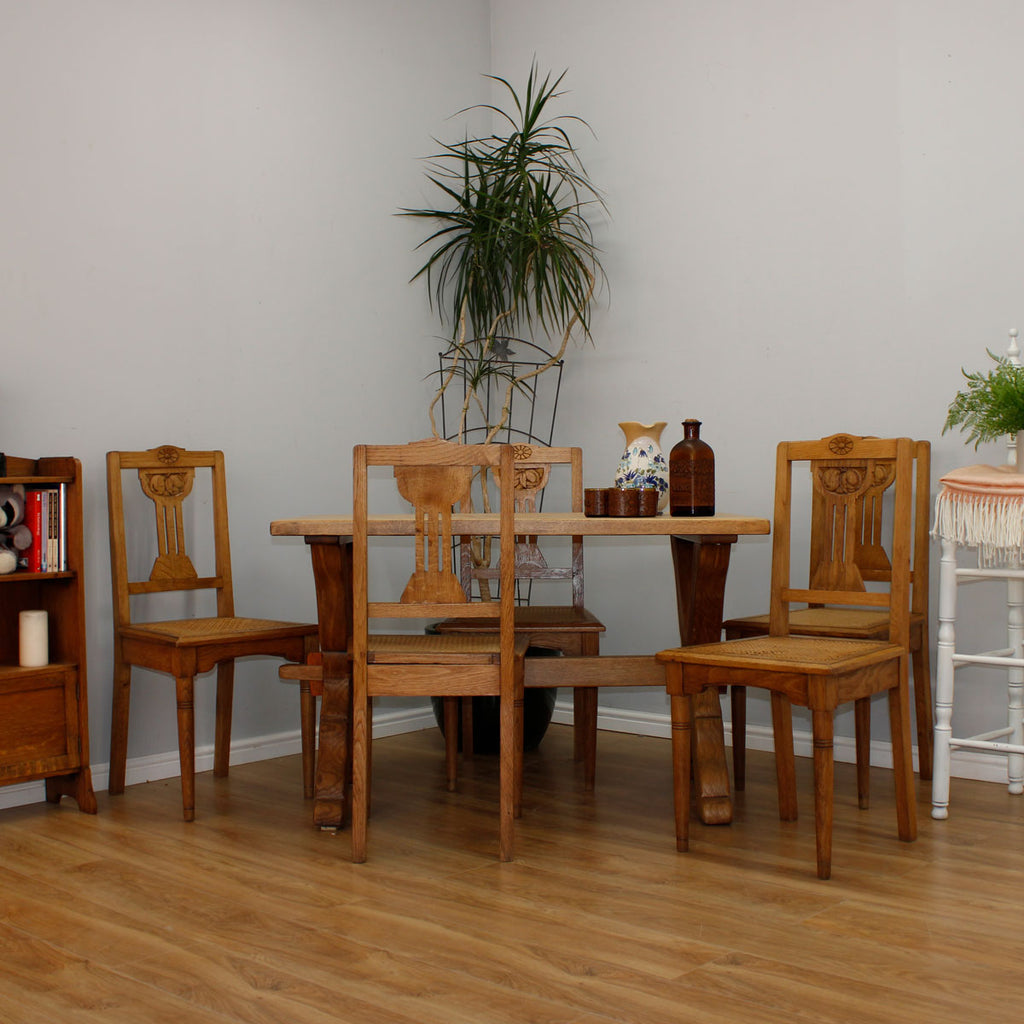 Oak Farmhouse Table & 4 Chairs
