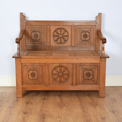 Beautifully Carved Settle Bench