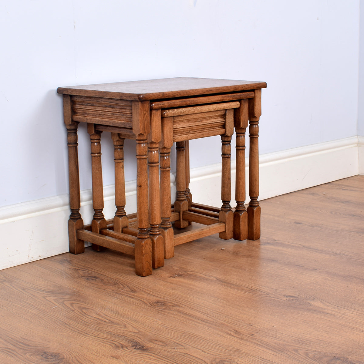Charming Oak Nest Of Three Tables
