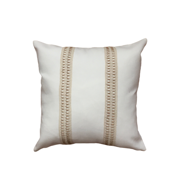 Beige pillow cover with detail no1