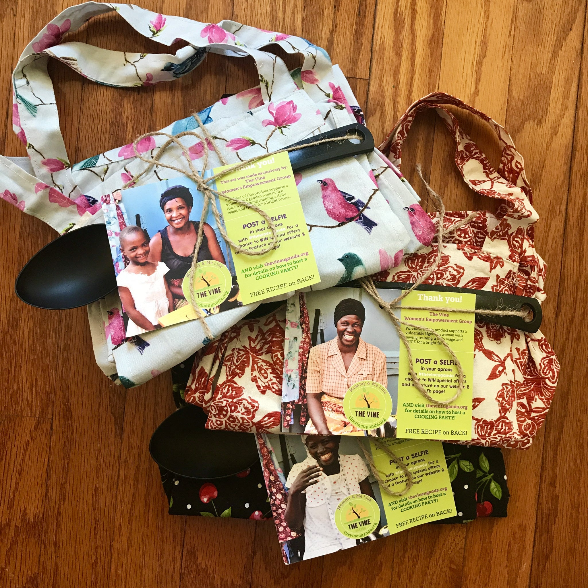 THE EMMANUELA Apron Set