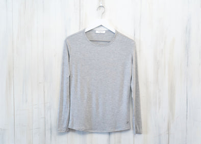 'Wear Anywhere' Long Sleeve Tee - Heather Grey