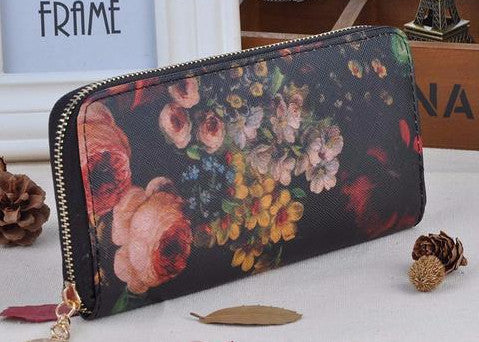 Live Life In Full Bloom Clutch