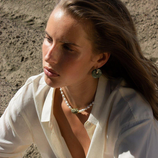 Pearl x Rhyolite Necklace | Mother of Pearl & Gold