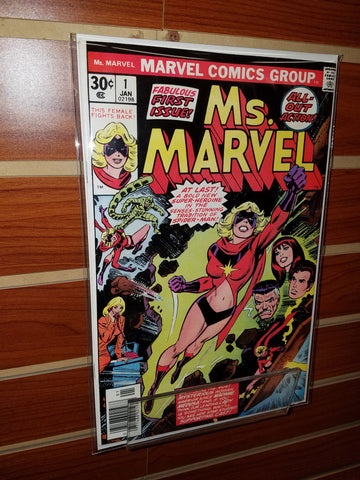 MS. MARVEL #1 (1977) 1ST APPEARANCE MS. MARVEL JOHN ROMITA-VF