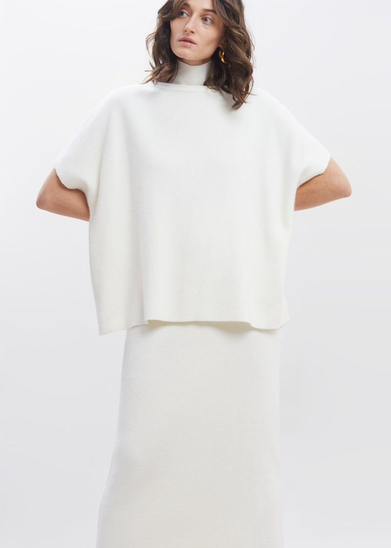 Cloud Knit Short Sleeve Mock Neck Sweater in Ivory Sweater siene