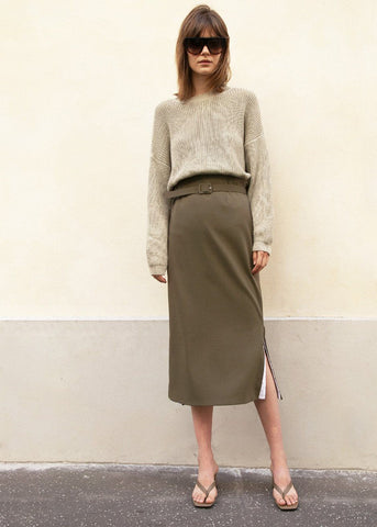 Contrast Slit Belted Skirt in Olive Green Skirt Clutch