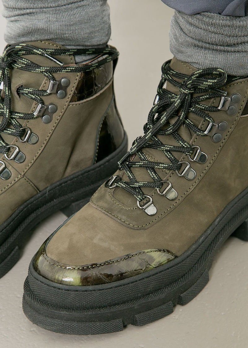 Gestuz Vandogz Hiking Boots- Capers Shoes Gestuz