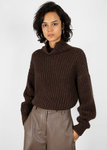 High Neck Ribbed Sweater in Brown Sweater Blossom
