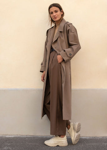Horn Button Trench Coat in Soft Brown trench Blossom