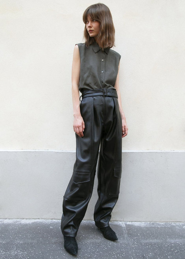 Low Classic Faux Leather Cargo Pants in Black Pants Low Classic