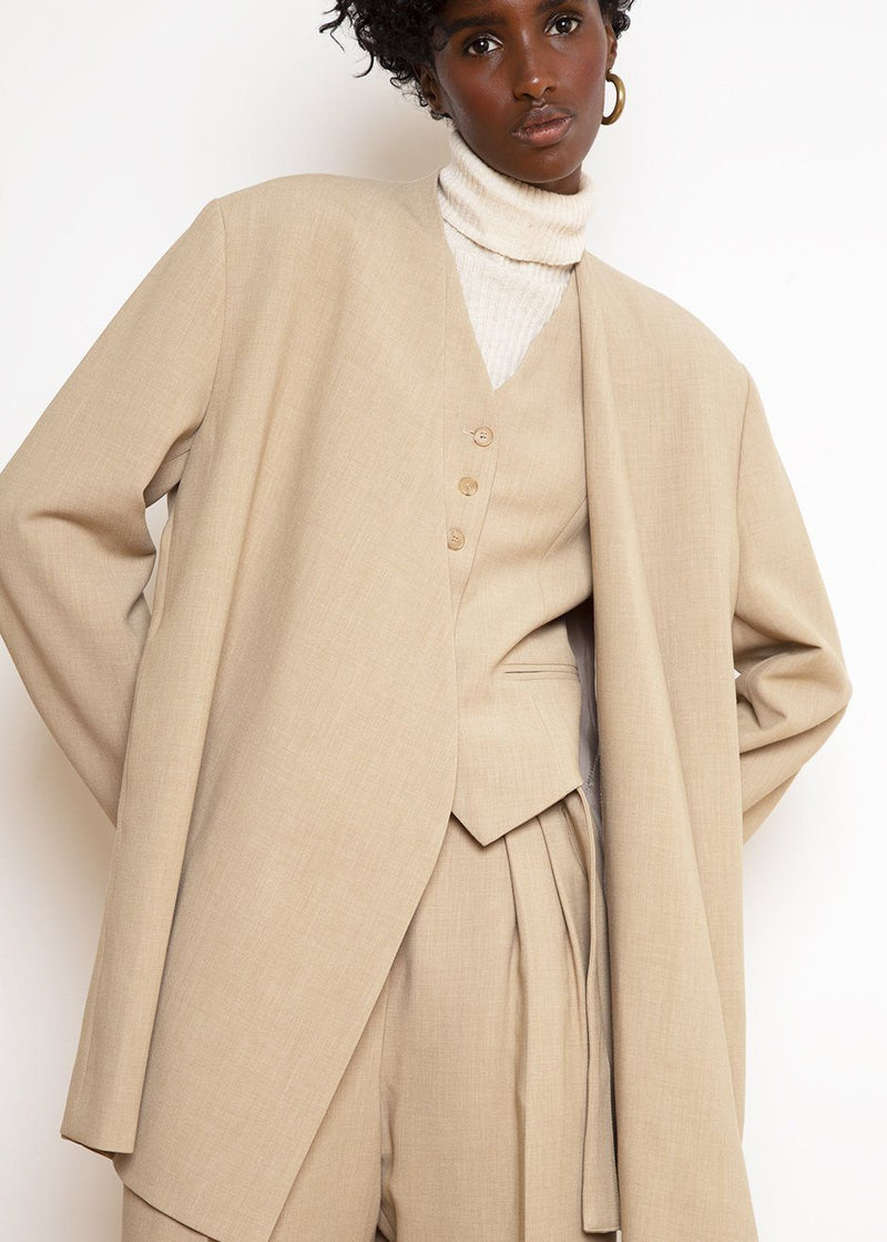 Open Front Blazer in Wheat Blazer The Frankie Shop