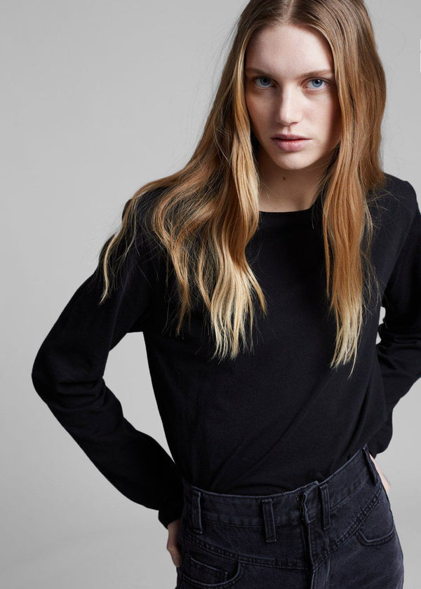Padded Shoulder Long Sleeve Tee in Black Top Another.J