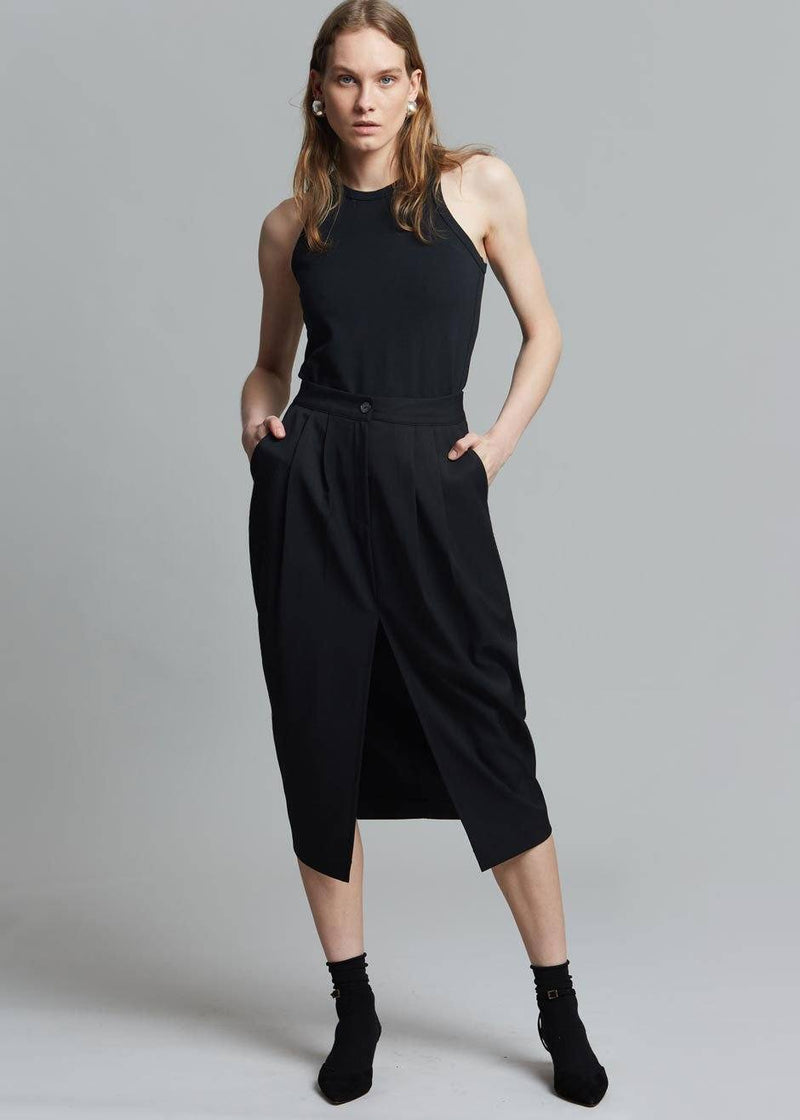 Philomena Suit Skirt in Black Skirt Auver_Fit