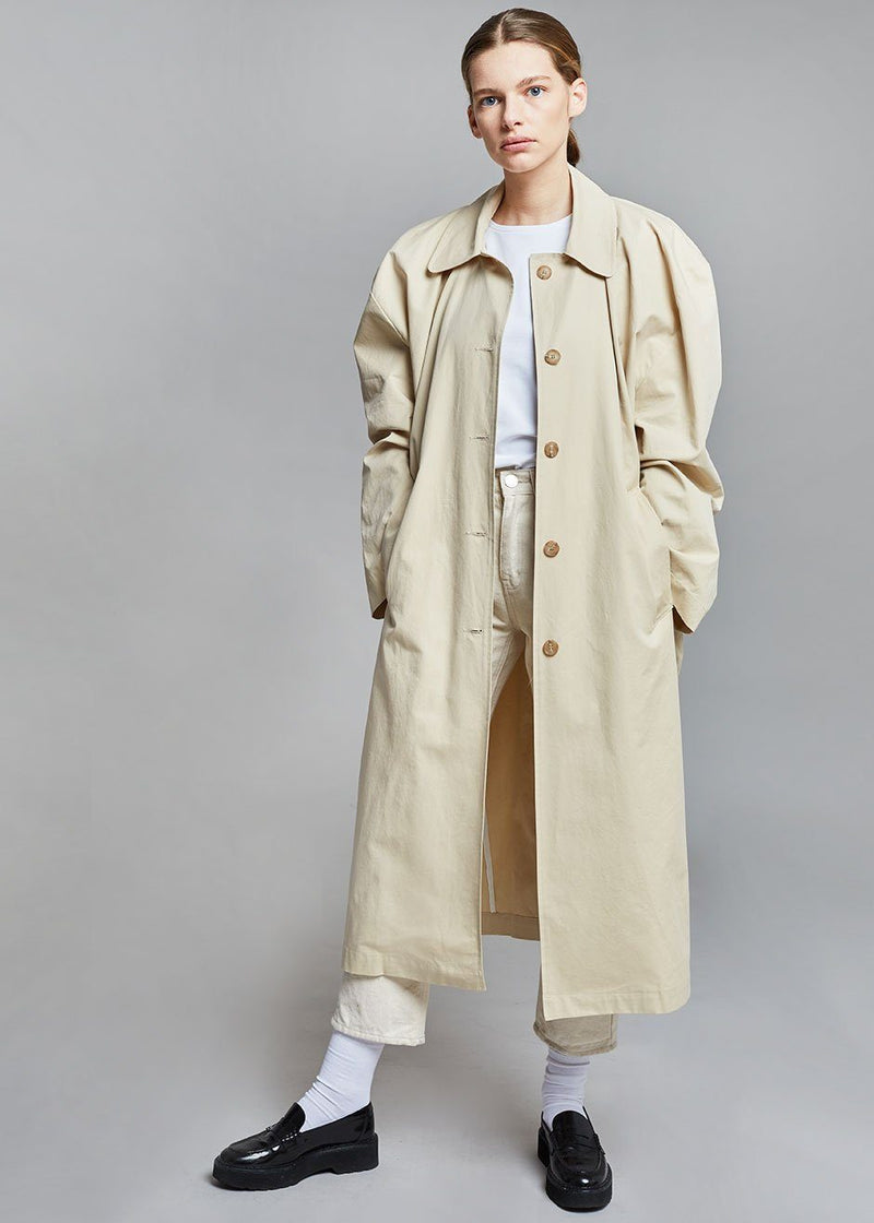 Phoebe Box Shoulder Overcoat in Parchment Coat The Frankie Shop