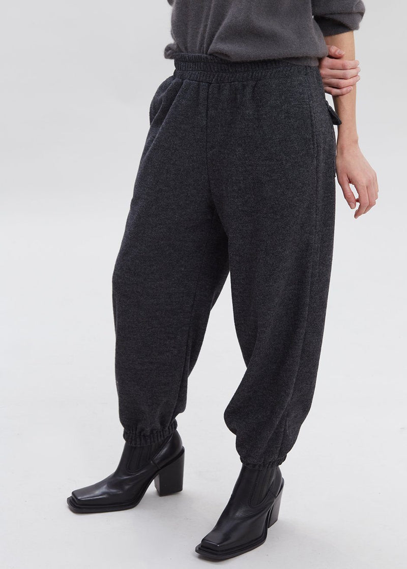 Slouchy Sweatpants in Asphalt pants The Frankie Shop