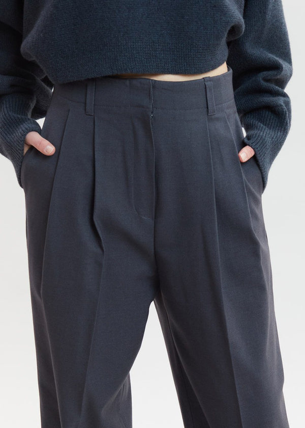 Straight Belted Pleat Pants in Pewter Pants Tulip Star
