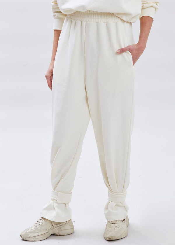 Tab Cuff Sweatpants in Cream Pants The Frankie Shop