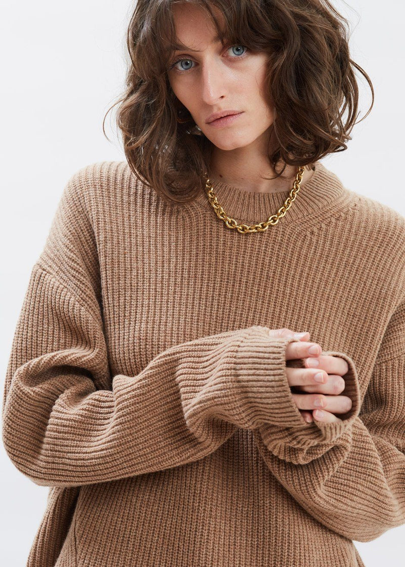 Thumbhole Crewneck Sweater in Praline Sweater Have&Have