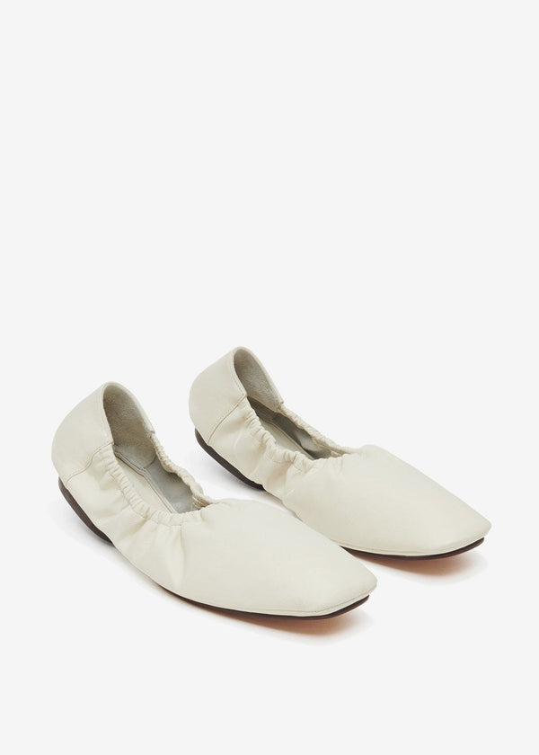 Travel Ballerina Flats by Mari Giudicelli in Off White Shoes Mari Giudicelli