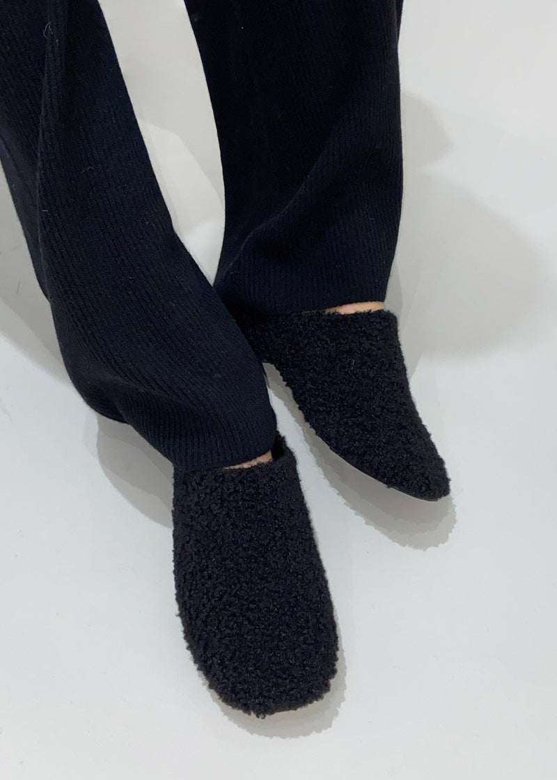 Winter Shearling Slippers in Black Shoes Very Very
