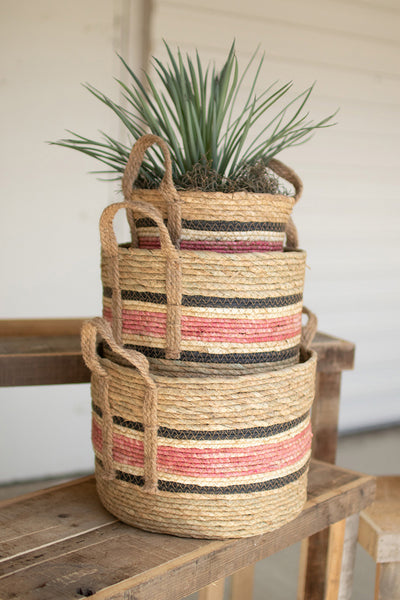 Set Of Three Round Rush Baskets  -  Pink