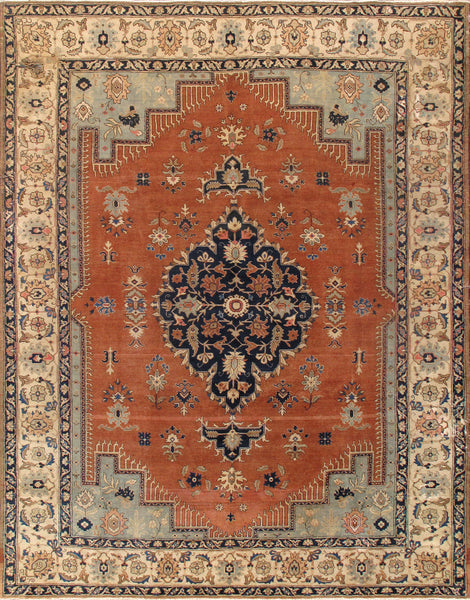 Antique Serapi Collection Hand-Knotted Wool Area Rug
