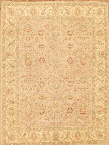 Ferehan  Hand-Knotted Lamb's Wool Area Rug