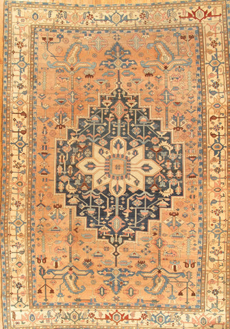 Hand-Knotted Antique Serapi Lamb's Wool Rug