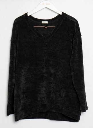 Dylan Crush Chloe V-Neck Black
