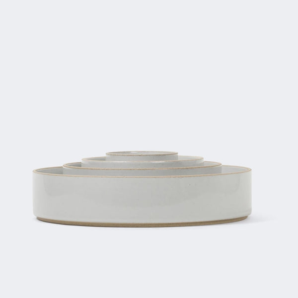 Hasami Porcelain Bowl in Gloss Gray
