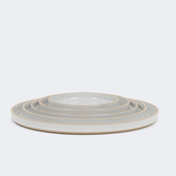 Hasami Porcelain Plate in Gloss Gray