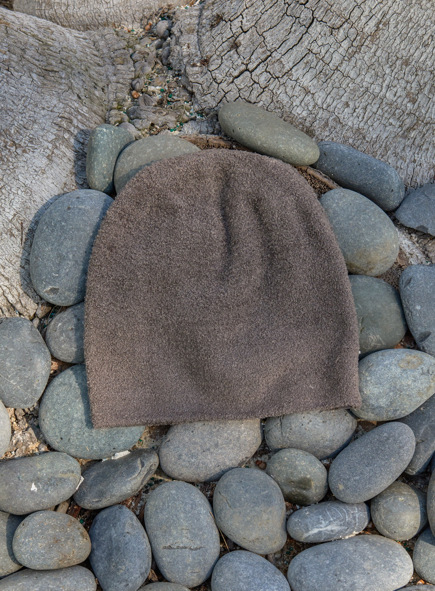 BAREFOOT DREAMS - COZYCHIC LITE BEANIE IN COCOA