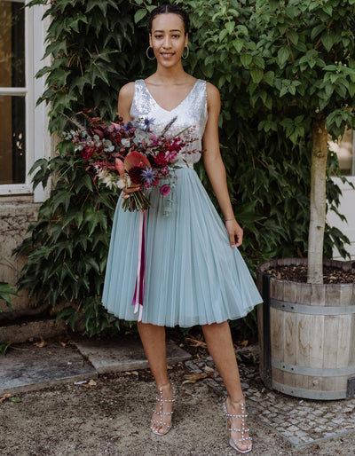 andcompliments_online_shop_brautmode_tulle_skirt_tuellrock_tuell_braut_hochzeit_online_shoppen_blau_dusty_mint_kurz  Alternativen Text bearbeiten