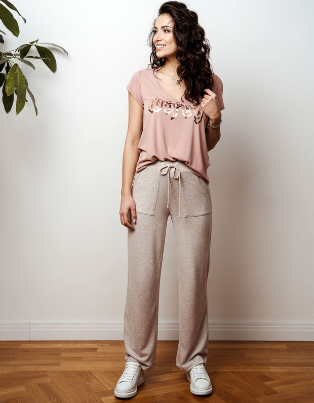 thebowattitude_casual_wear_luxury_home_wear_home-office_looks_outfit_set_oceans_pamela_fabletics_reif_apart_made-in-europe_wifey_wife_shirt_t-shirt_geschenk_braut_jga_hochzeitstag