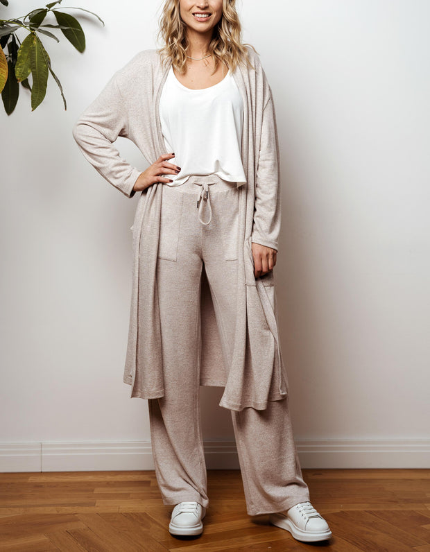 thebowattitude_casual_wear_luxury_home_wear_home-office_looks_outfit_set_oceans_pamela_fabletics_reif_apart_made-in-europe_morgenmantel_mantel_kliniktasche_flitterwochen_geschenk