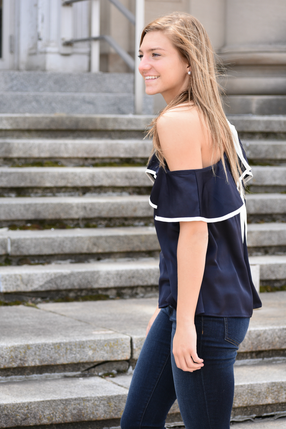Aplington Cold Shoulder Top - urbanity online
