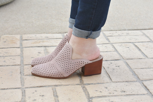 Blushberry Perforated Mules