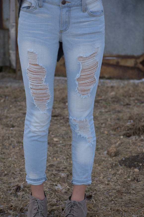 Cheshire Light Distressed Skinny Jeans - urbanity online